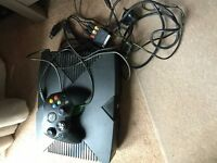 Original Xbox with all cables