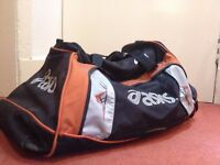 Asics Medium Bag Gym Sports Bag/Travel bag
