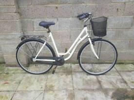 Ladies dutch city town bike bicycle