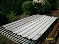 2 sheets of prefabricated /corrugated roofing