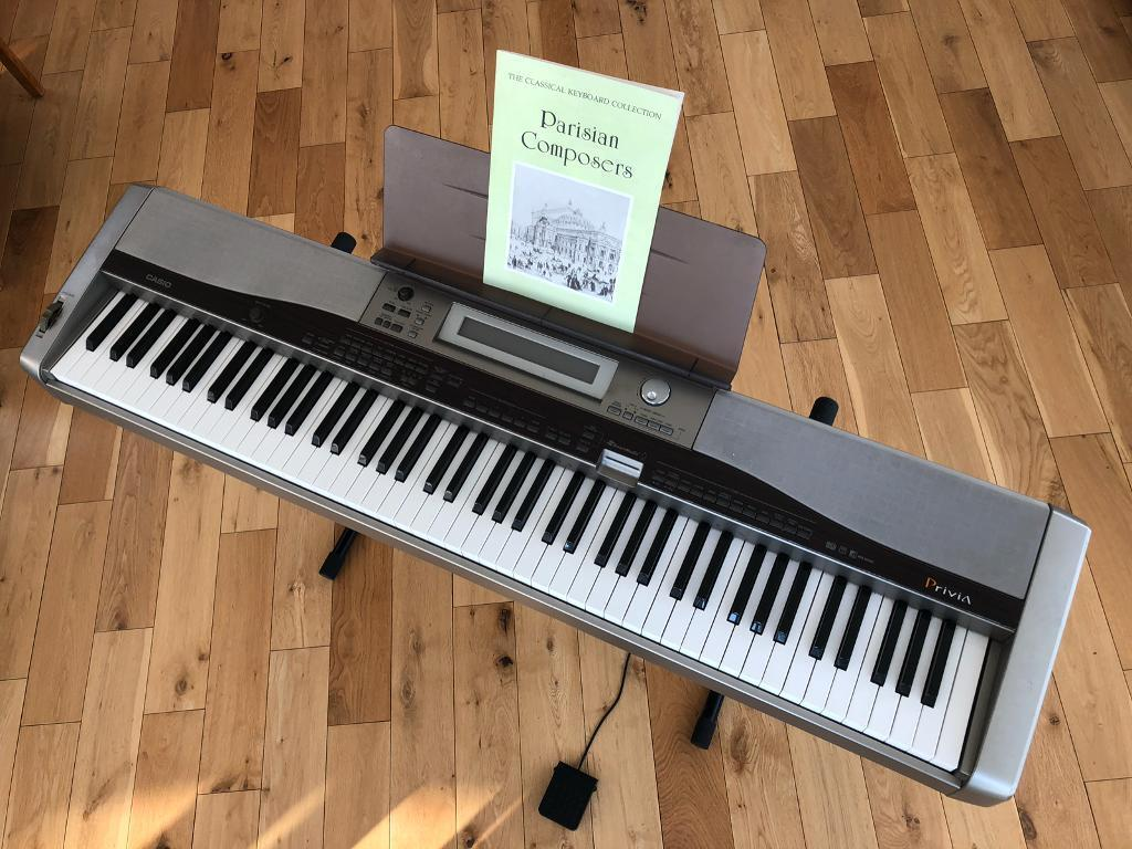 casio electric piano with stand pedal and case in carlisle cumbria gumtree. Black Bedroom Furniture Sets. Home Design Ideas