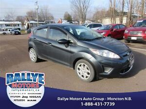 2011 Ford Fiesta SE! Spoiler! Low KMS! Trade In! Save!