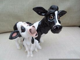 BRAND NEW BOXED PETS WITH PERSONALITY VERY HEAVY FIGURINE ENDEARING COMICAL COLLECTABLE COW & CALF