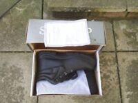 Safety Boots - UK Size 11 - * NEW* - Postage can be arranged