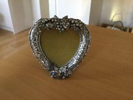 Heart shaped Metal Photograph Frame