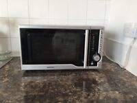 Microwave Oven + accessories *Like new*