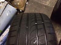 255 35 18 tyre