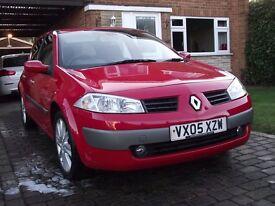 2005 MEGANE 5 DOOR 1.5 DCI LOW MILES NICE DRIVE £30 TAX MASSIVE MPG!!!