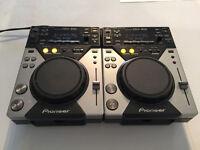 Pioneer CDJ 400s
