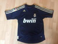 Boys Real Madrid football shirt