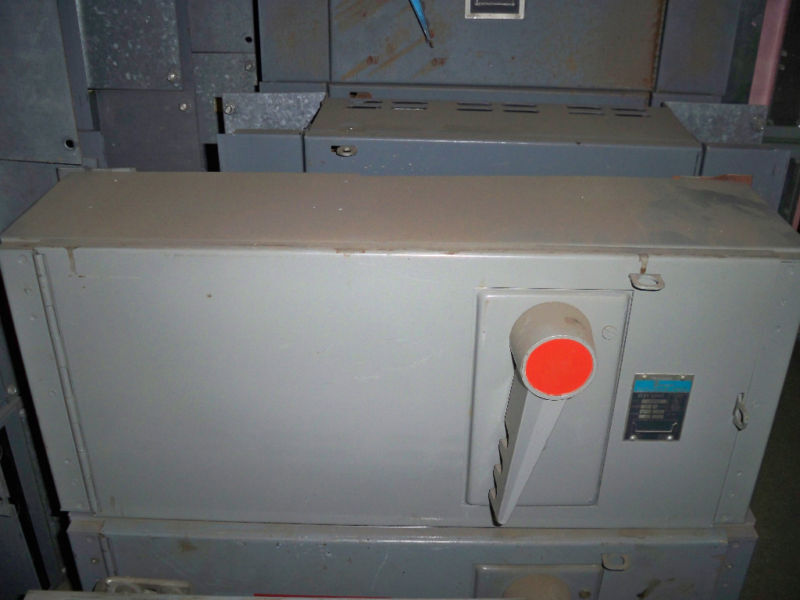 Zinsco Qsf2033b 200a Single 3ph 240v Fusible Panelboard Switch Unit Used