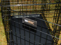 """Dog Puppy Crate Slide out base two doors 19"""" x 23.5""""x 16.5"""" folds for storageg e"""