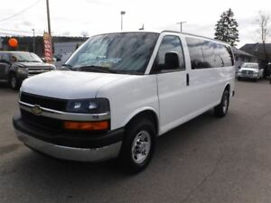 2013 Chevrolet Express 3500 LS *LOW KM* *15 PASSENGER*