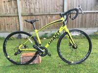Giant Anyroad 1 2017 (large) cyclocross/hybrid bike