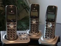 set of 3 cordless panasonic phones