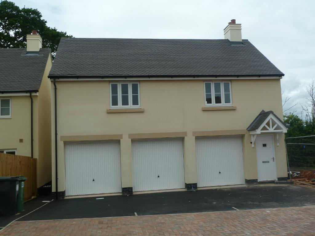 To rent new build 2 bedroom coach house with garage Build 2 bedroom house