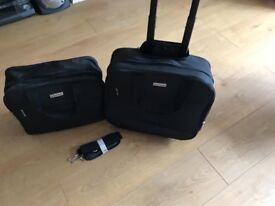 Suit case (mini) and bag £18 07376179188