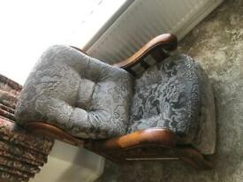 FREE!!! Very heavy solid recliner