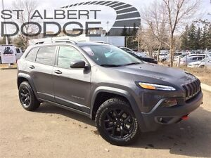 2017 Jeep Cherokee TRAILHAWK | 4X4 | ACCIDENT FREE | LOW KMS