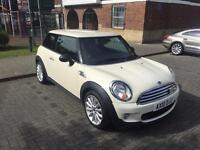 2010 Mini Cooper Mayfair 1.6 **only 28k**FSH**2OWNERS**FULLY LOADED**