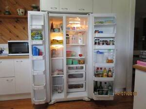 UNMARKED QUALITY MAYTAG SIDE BY SIDE REFRIGERATOR FREEZER Camp Mountain Brisbane North West Preview