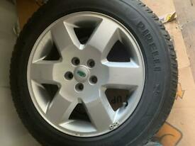 4 x Landrover 3 alloy wheels and Pirelli tyres