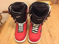 Snowboard boots size 9.5uk