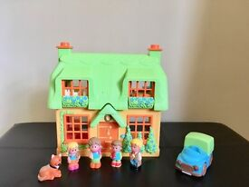Happyland Rose Cottage - Great toy for imaginative play
