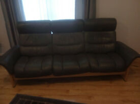 Leather recliners 3 seater and 2 seater settee ,matching pair.