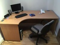 Large office desk with draws (Filling Cabinet)