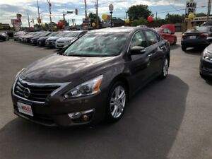 2013 Nissan Altima SL- SUNROOF, REMOTE STARTER, KEYLESS IGNITION