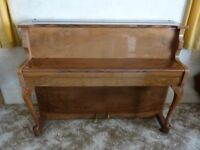 ZENDER PIANO - COMPACT UPRIGHT - 85 NOTE - GLOSS LAQUER