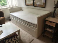 *available immediately* FREE Hemnes white Ikea daybed / couch / bed with two mattresses
