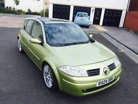 Hello for sale my lovely car sport Renault Megane nice sport car diesel 5dr hatchback 04 plat