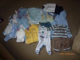 Assorted boys clothes - 0-3 months (Box 1)