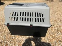 Large Dog Travel Carrier, Cage, Crate, Kennel, Atlas Professional 60, 90x66.5x61 cm, Great condition
