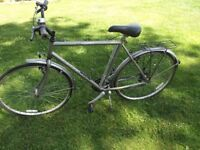 VINTAGE RAYLEIGH CLASSIC 18 GENTS CYCLE HAS SOFT SEAT PUMP MULTIPLE GEARS GOOD BRAKES READY TO GO