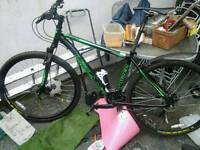 Double disc front suspension hybrid MTB in good condition mudguard ready to go
