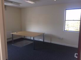 2-3 person office available to rent in Farnham, GU9