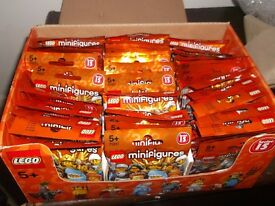 LEGO BOX SERIES 15 MINI FIGURES 60 SEALED