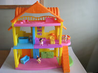 Dora The Explora Dolls House