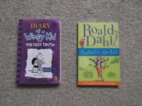 2 x KIDS PAPERBACK BOOKS - DIARY OF A WIMPY KID THE UGLY TRUTH & ROALD DAHL FANTASTIC MR FOX