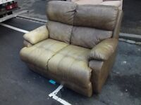 2 Seater Vintage Comfy Brown Leather 2 seater Sofa Looks Freat FREE delivery