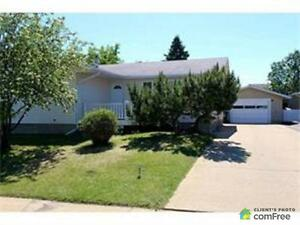 $699,900 - Bungalow for sale in Fort McMurray