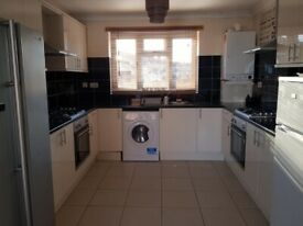 7 Bed Rooms HMO Property available to rent in Hayes