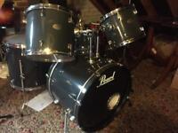 Drum kit. 5 piece Pearl Forum. No hardware