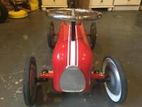 Vintage red car - ride on