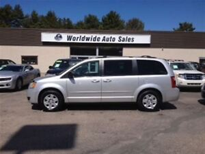 2009 Dodge Grand Caravan POWER SEAT, STOW&GO, REAR HEAT...NICE V