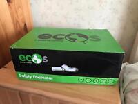 Ecos eco shoes men's, size 5 boots new!!