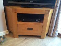Taskers oak TV stand